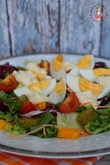 Fit sałatka z sosem musztardowym - przepis po kliknięciu w zdjęcie