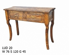 stylowy stolik sosnowy