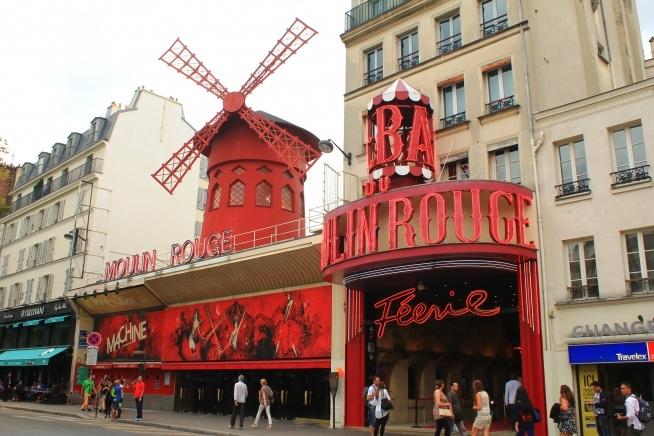 Sacre-Coeur,Paris - Moulin Rouge