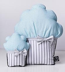 Stylowe poduszki w kształcie muffinek.
