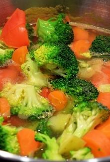 Zupa Odchudzająca - krem z warzyw przyspieszających spalanie tłuszczyku.