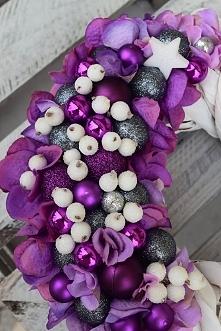 Wianek Świąteczny w fioleta...
