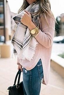 sweterek :)