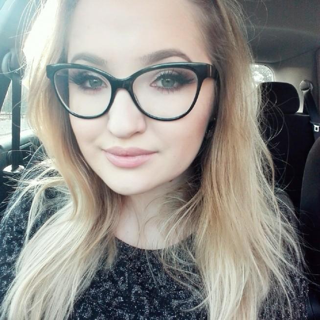 Makijaz dla okularnicy :)