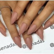 naturalne paznokcie - Klikn...