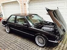 BMW <33