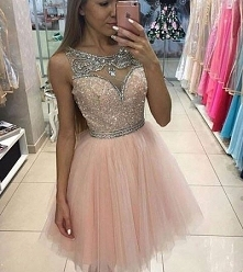 Sukienka z kryształkami