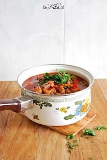 Zupa gulaszowa z kabaczkiem - danie idealne kiedy za oknem tak zimno jak dzis...