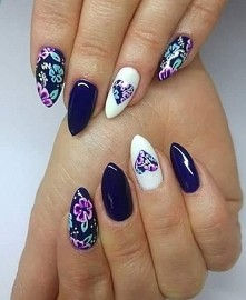 #paznokcie #pazurki #flowers #kwiaty #nails