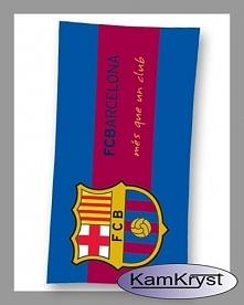 Dla kibiców Barcelony polecamy ręcznik klubowy z herbem Klubu - ręcznik Barcelona w rozmiarze 70x140 cm 100% bawełna