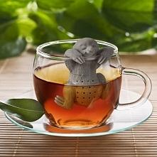Przyjemnie zaparzyć herbatę z tak miłym leniwcem :) Zaparzaczka trafiona jak dla mnie w 10-kę :)