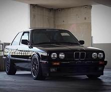 BMW E30 ♡♡♡