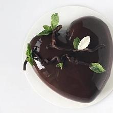 Lustrzane ciasto w kształcie serca ♥