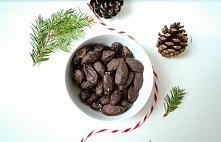 Jadalne prezenty bez cukru, migdały w czekoladzie. Przepis po kliknięciu w zd...
