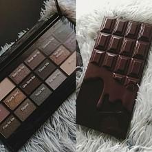 Paletka czekolada dostępna w Rosmanie w kilku wariantach kolorystycznych. Mam i polecam