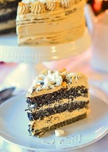 Tort makowy z kremem kawowym *_*  Przepis po kliknięciu w zdjęcie!
