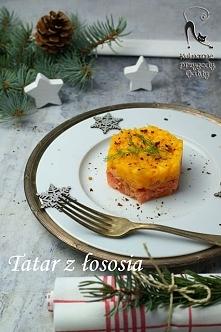 Tatar z łososia i mango