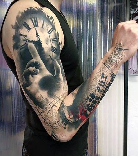Tatuaże Męskie 3d Zegar I Dłoń Na Tatuaże Zszywkapl