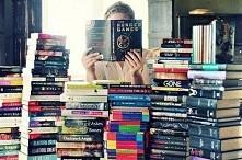 Książki, książki i jeszcze raz książki - przyjmę w każdej ilości ;* !!!