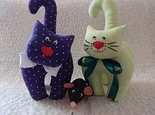 Kotki dwa i myszka;) Miłe przytulanki dla malucha jak i zwierzątko dla mający...
