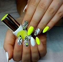nails aztec