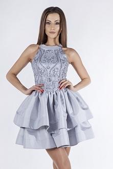 Srebrna sukienka na sylwestra