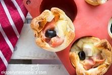 Przekąski sylwestrowe – ciasto francuskie z serem i szynką / Puff Pastry with Ham and Cheese