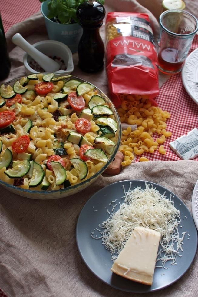 Zapiekanka makaronowa w stylu włoskim Przepis po kliknięciu w zdjęcie :)