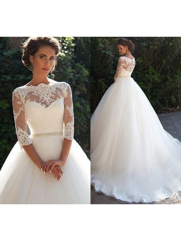 3/4 SLEEVE LACE WEDDING DRESS WITH LONG TRAIN dressbib.com