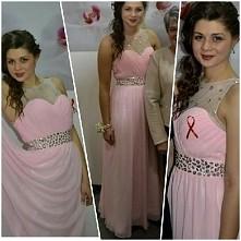 SPRZEDAM  piękna długa, tiulowa sukienka w kolorze pudrowy róż,  kryształowym...