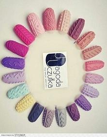 Pomysły na rózne wzorki sweterków na paznokciach.
