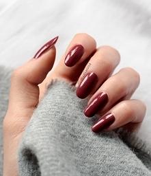 naturalne paznokcie - więcej na moim blogu OTIANNA :) - kliknij w zdjęcie