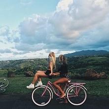 Przyjaciel to ktoś, kto daje ci totalną swobodę bycia sobą.
