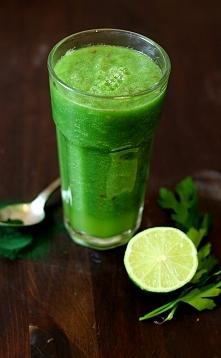 Zielony koktajl oczyszczający Przepis po kliknięciu w zdjęcie ;)