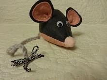 Szara myszka, idealna zabawka dla kota, ale też słodka przytulanka. Zapraszam...