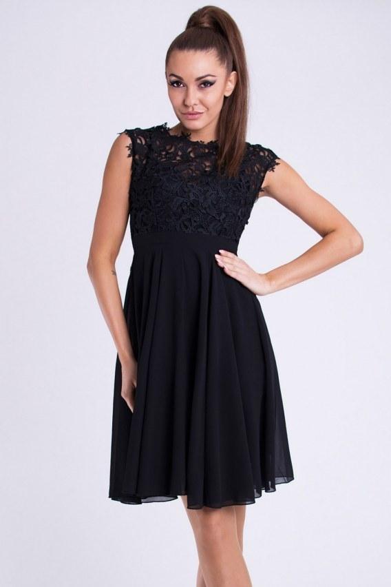 Czarna koronkowa sukienka, więcej po kliknięciu w zdjęcie :)