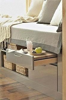 stolik szuflada
