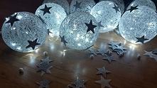 A tutaj duże kule ze światełkami