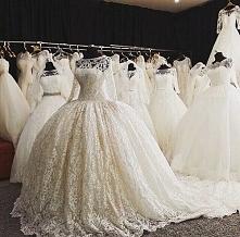 Przepiękne suknie ślubne <3