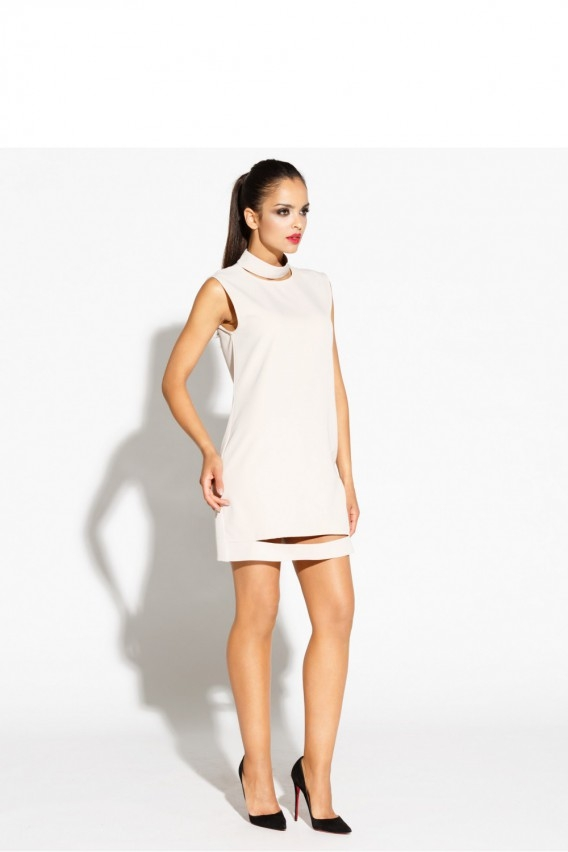 Jasna sukienka z wycieciami, więcej po kliknięciu w zdjęcie :)
