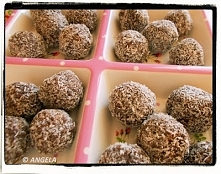 Kulki kokosowe (po przepis, kliknij na fotografię)
