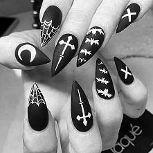 paznokcie, czarny