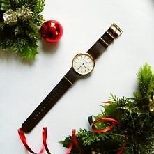 Minimalistyczny zegarek ma parcianym pasku [KLIK]