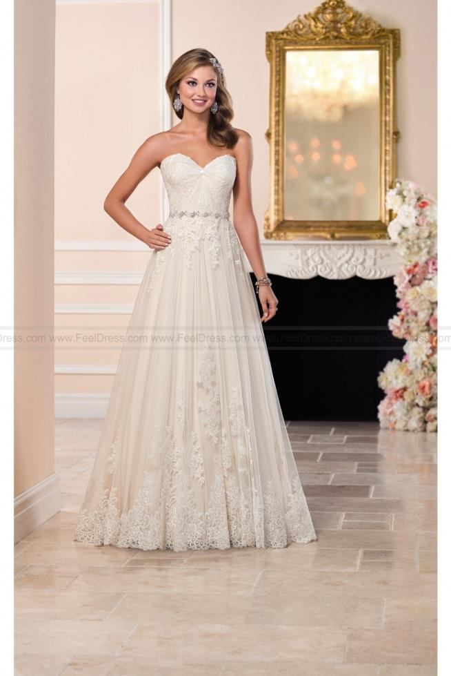Stella York Tulle Wedding Dress With Sweetheart Neckline Style 6210