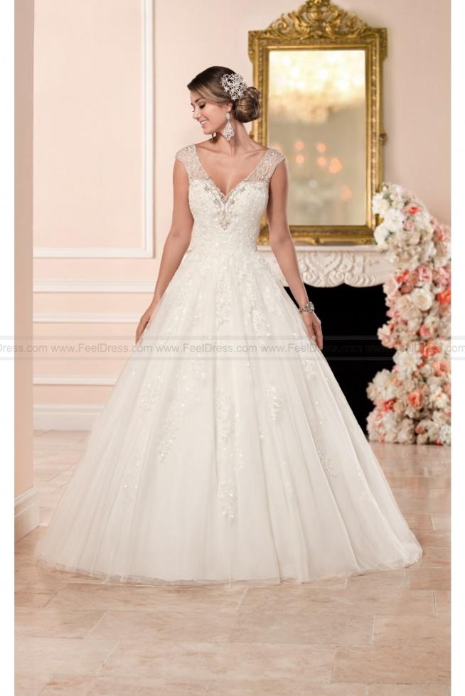 Stella York Ball Gown Wedding Dress With V-Neckline Style 6358