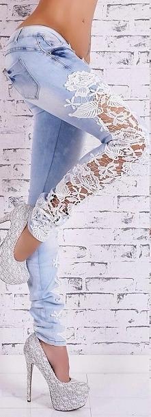 Koronkowe nogawki