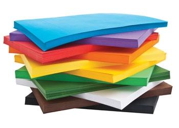 8 edukacyjnych gier i zabaw dla dzieci z wykorzystaniem papieru kolorowego.