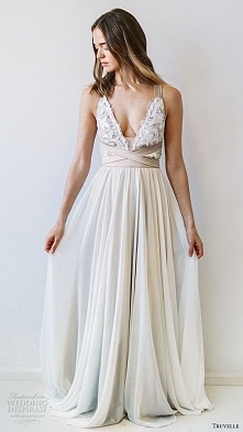 odważna prosta sukienka
