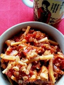 Potrawka z kurczakiem, pomidorami i pędami bambusa. Szybka i łatwa :) danie jednogarnkowe.
