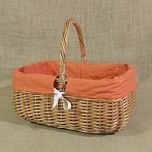 Wiklinowy koszyk z obszyciem w kolorze pomarańczowym